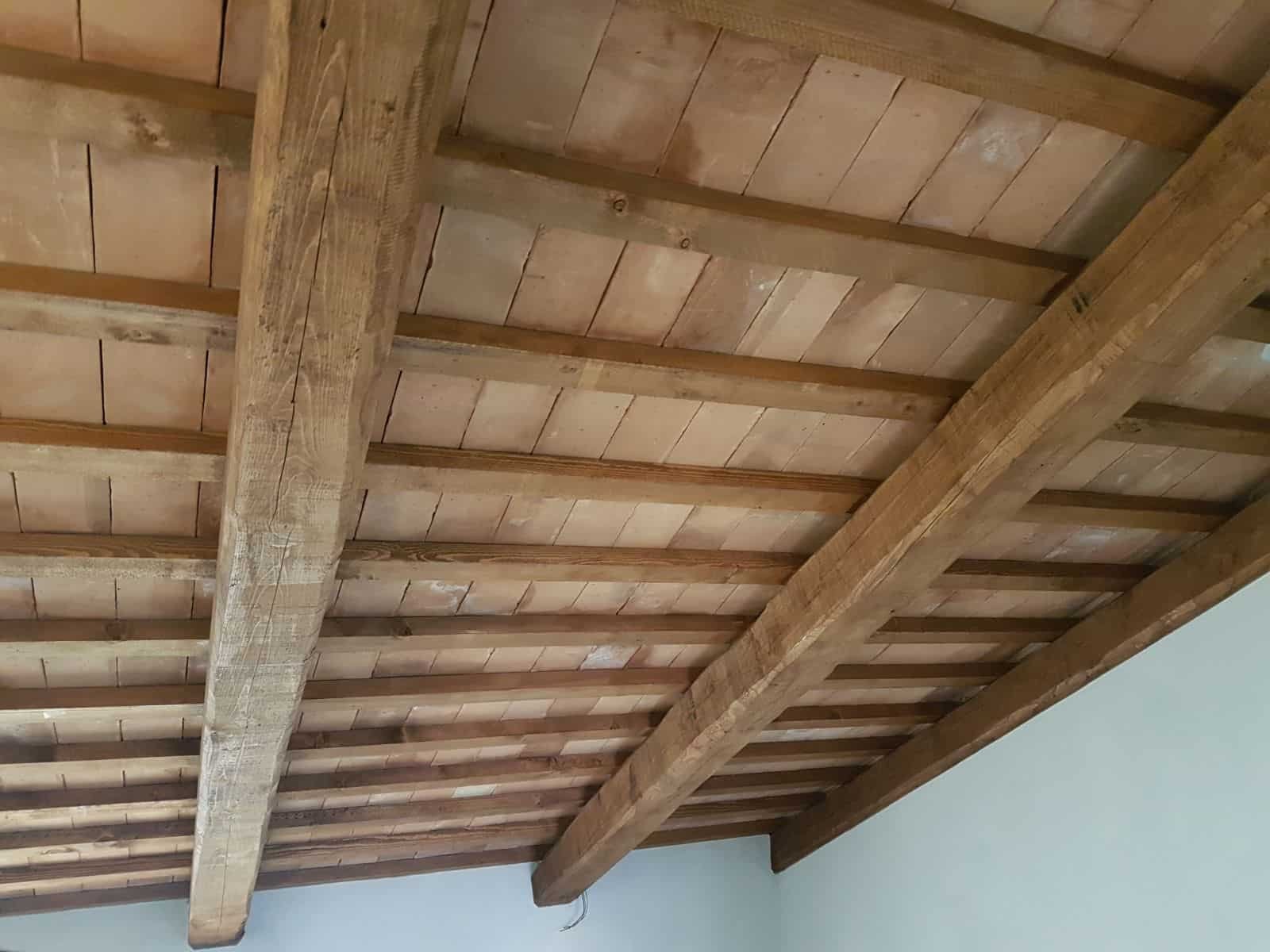 Top Floor Ceiling Closeup
