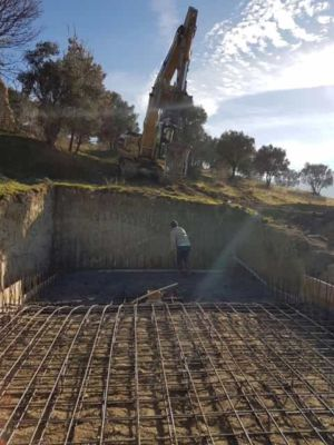 More Pool Concrete at new house construction in Le Marche