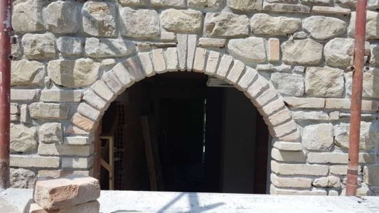 Arch Close Up at a new stone house being built in Le Marche