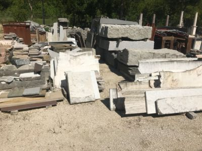 Available Materials for stone pieces dor a new house in Le Marche