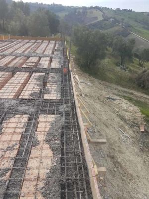 Heavy Rebar Around Perimeter - part of  building new house in Le Marche