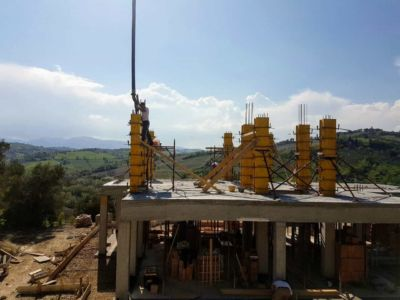 More Column Work at a new house being built in Le Marche