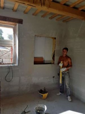 Nicchia in Study in a new stone house being built in Le Marche, Italy.