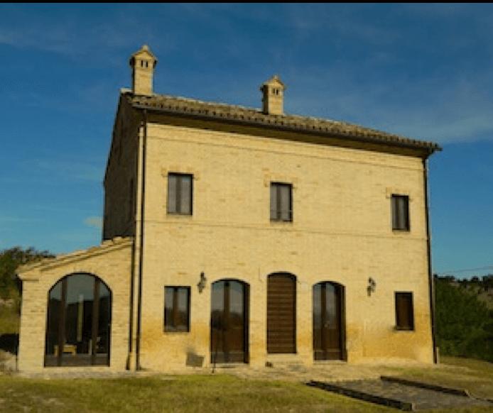 Casa Sorpresa, Le Marche