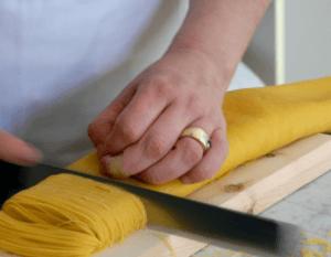 Cutting Maccheroncini
